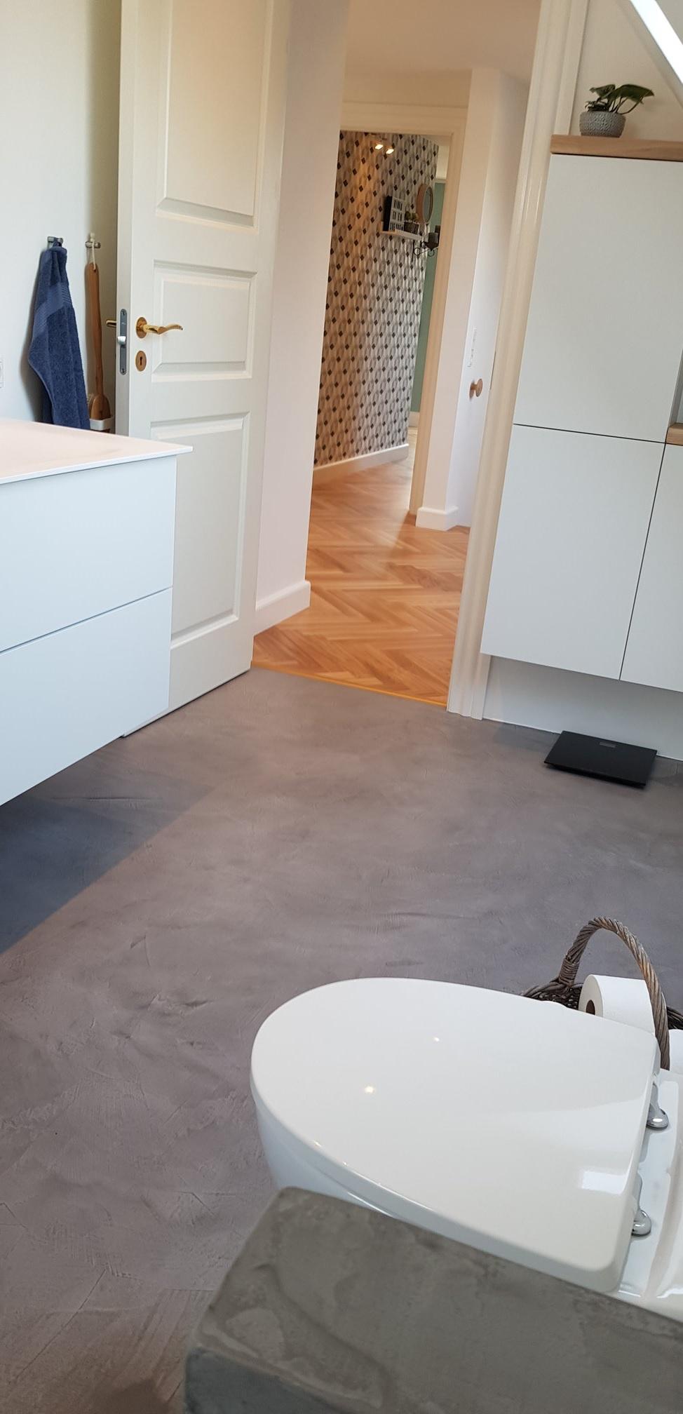 microcement bathroom floor - Scandinavian style